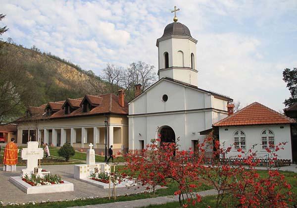 Монастырь Раковица. Монашеский постриг