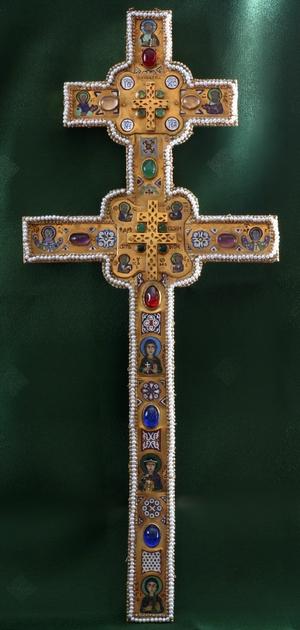 Воссозданный Крест прп. Евфросинии. Фото 2011 года